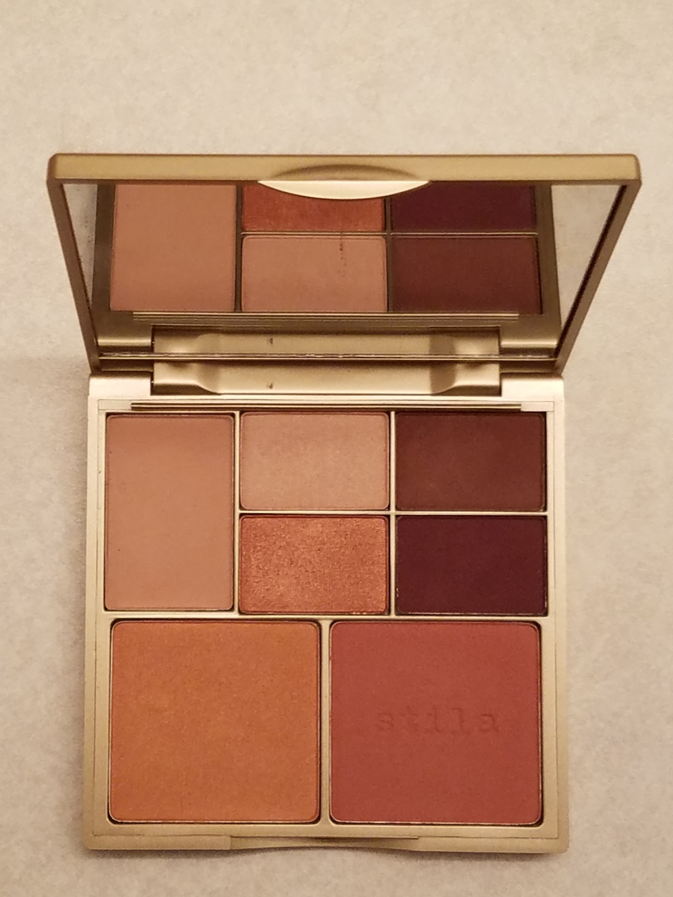 Stila Perfect Me, Perfect Hue Palette